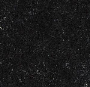 2939 black thumb