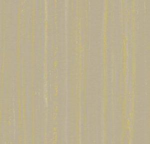 5244 hint of yellow thumb