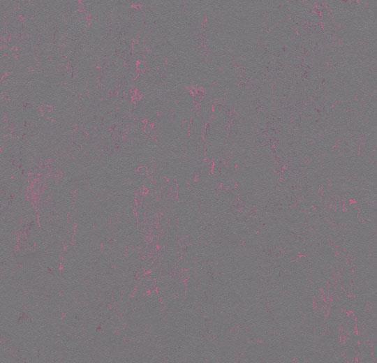 3735/373535 purple shimmer