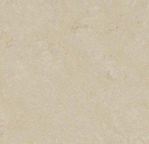t3711 cloudy sand thumb