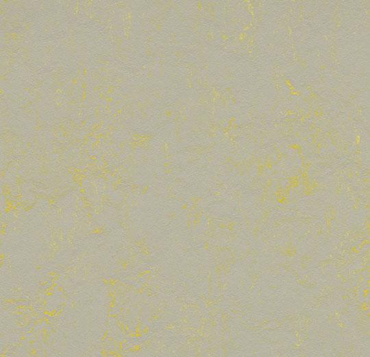 3733/373335 yellow shimmer